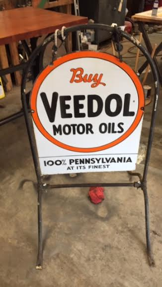 veedol sign rack w.jpg