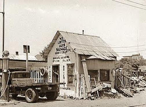 Attached picture Auto_Salvage,_Muskogee,_Okla_,_1939.JPG