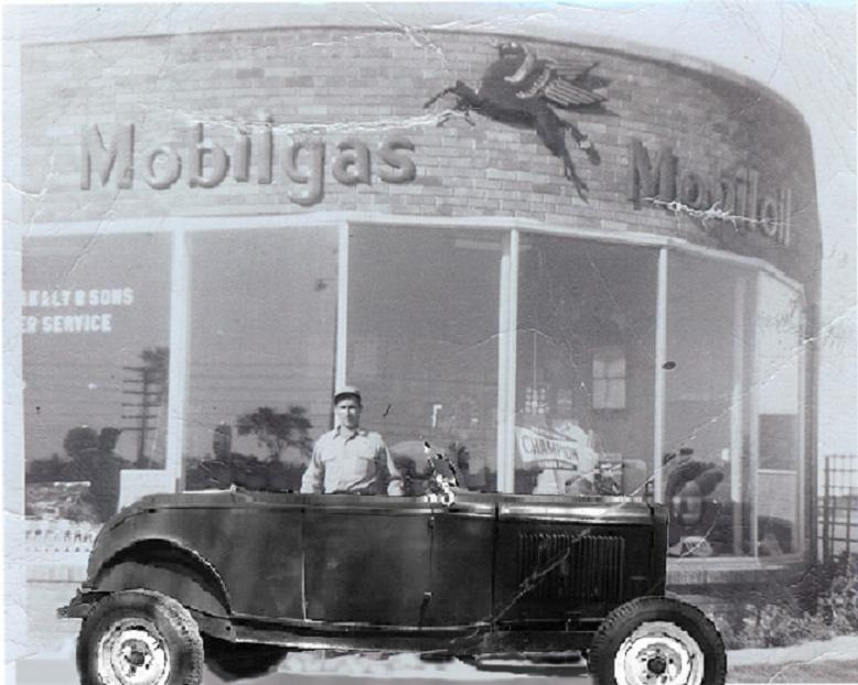Attached picture gas%20station%201952%20'32%20Ford%20w-MOBIL%20STATION.jpg