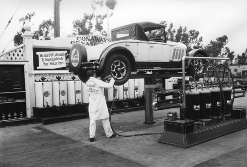 Attached picture GeorgeLConawayservicestation19322.jpg