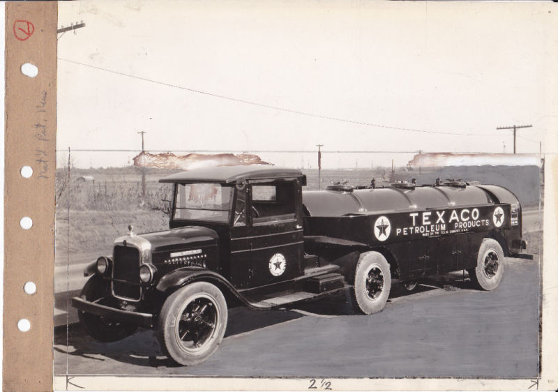 Attached picture Texaco Petroleum Company oil tanker from the 1930s.JPG