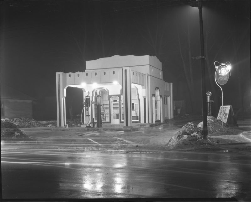 Utah_Power_Light_Co_Lighting_Service_Bureau_Ext_of_Service_Station_at_17th_So_9th_East_at_Night (1).jpg