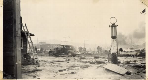 Attached picture 2001-095-037-Dawson-Creek-explosion-1943.jpg