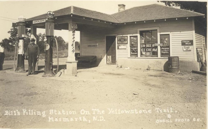 Attached picture Bill's Filling Station on the Yellowstone Trail, Marmarth, N.D1.JPG
