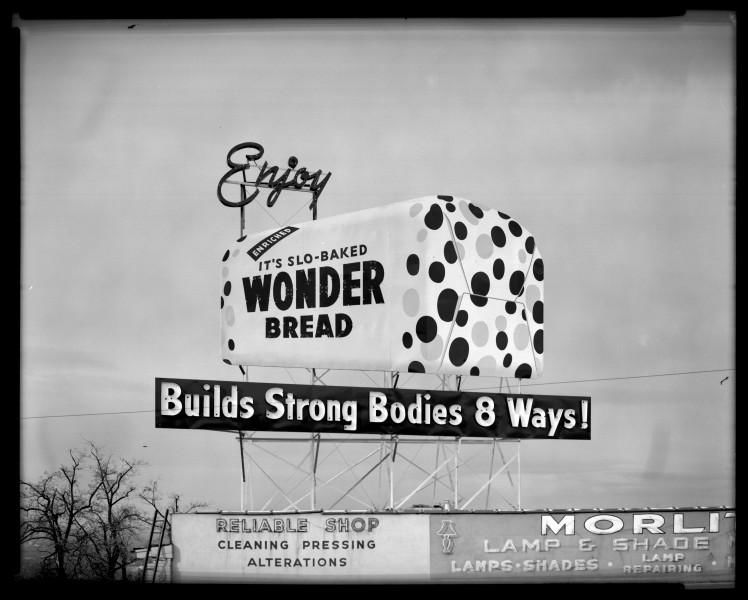 Wonder_Bread_Electric_Sign.jpg