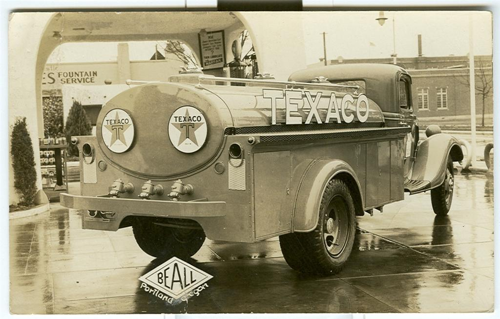 Attached picture texaco_1935 Gas Truck.jpg