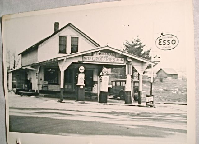 Attached picture Esso Station.jpg