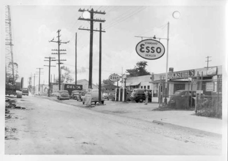 Attached picture 1951SBroadStNOLA3.jpg