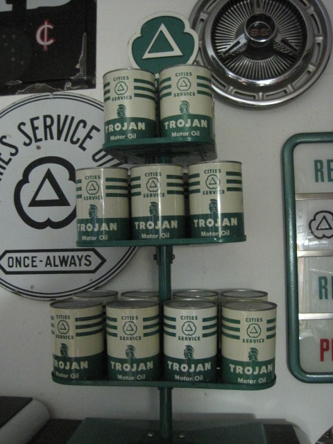 Cities Service Trojan cans.JPG