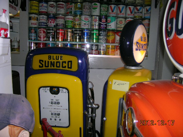 sunoco stuff and western auto sign 005.jpg
