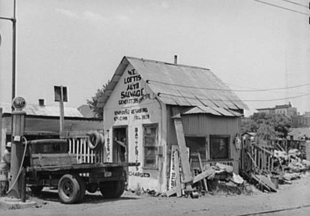 Attached picture 1939OklahomaSalvageYard.jpg