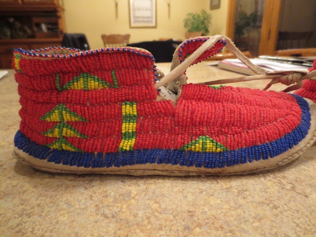 Attached picture Beaded Moccasins 004.JPG