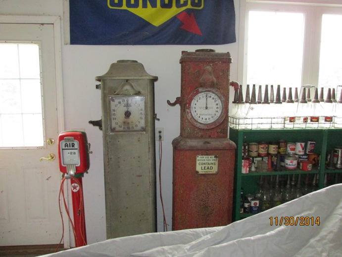Let's see Clock-Face pumps - Primarily Petroliana Shop Talk
