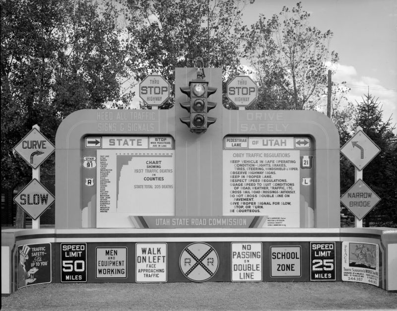 Signs_Display_at_Fair_Oct_1938 (1).jpg