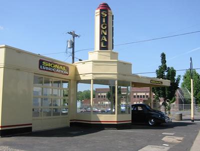 Courtesy Ford Portland >> Signal Gas Station Restored in Portland, Oregon